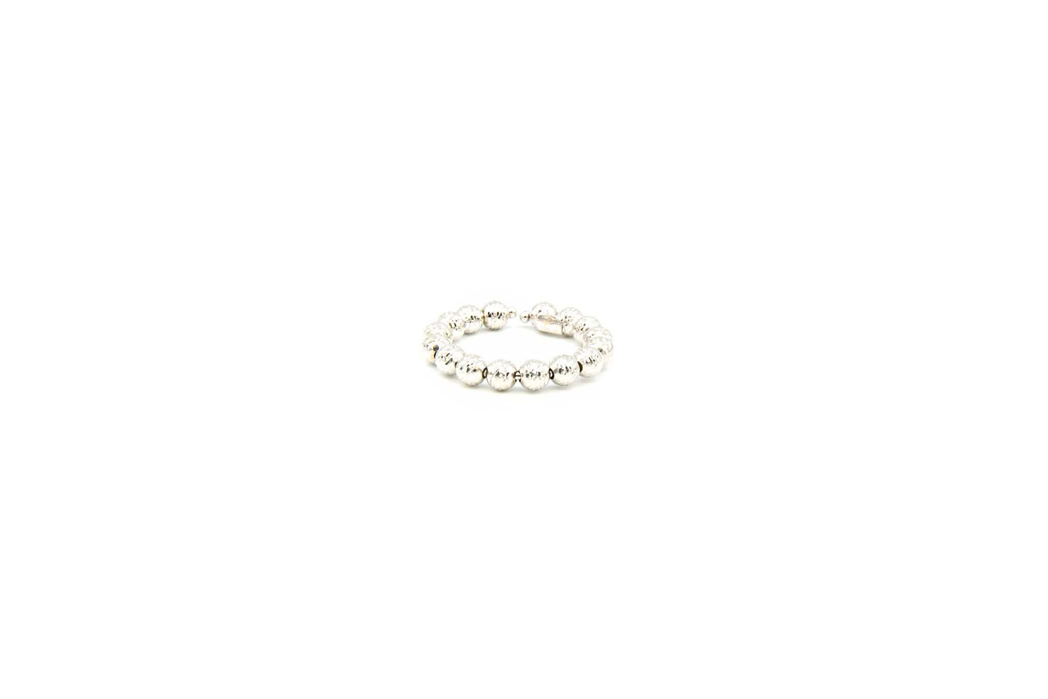 Ring witgoud met diamond cut balletjes-1