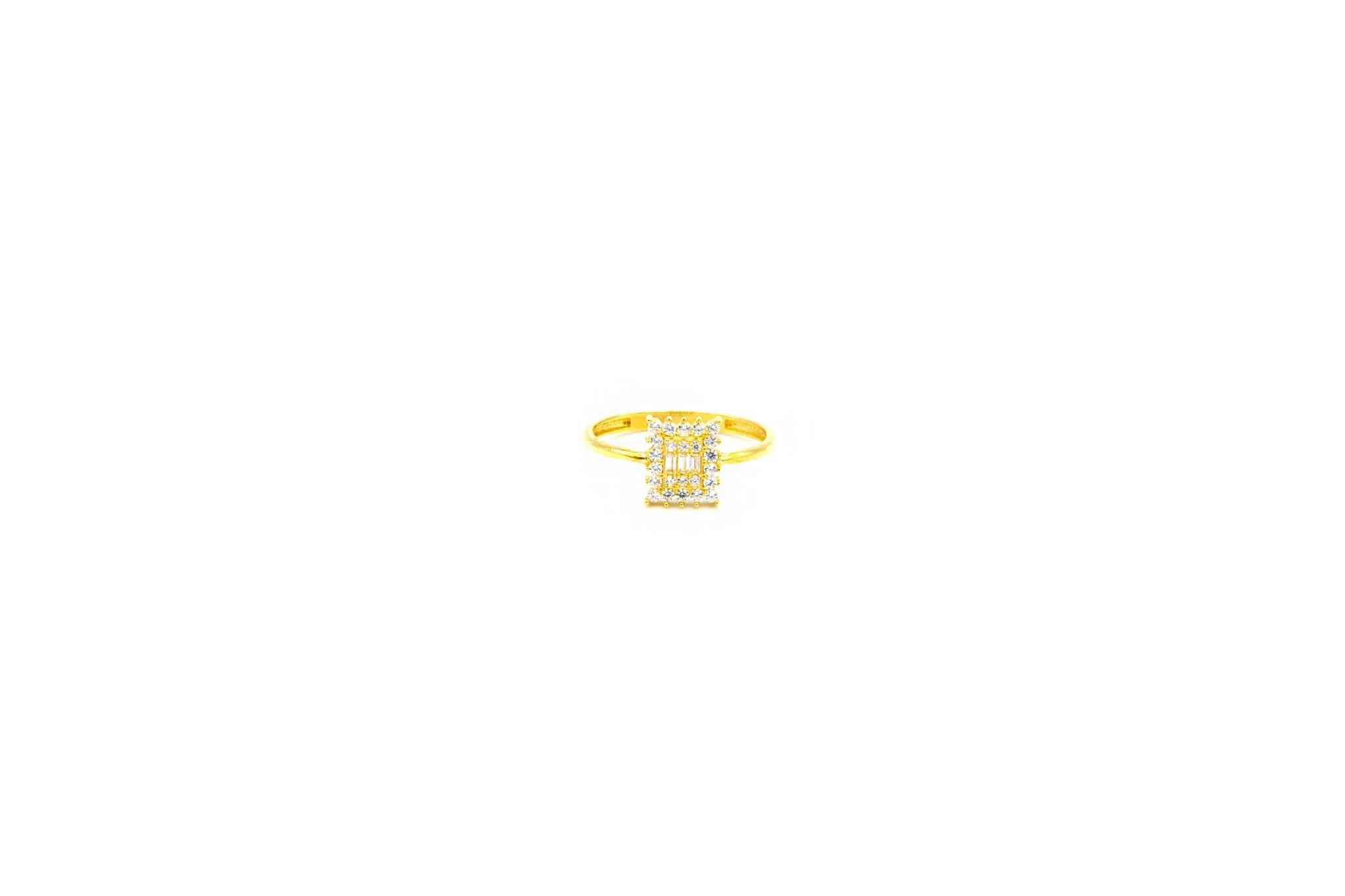 Ring met verschillende zirkonia's-1