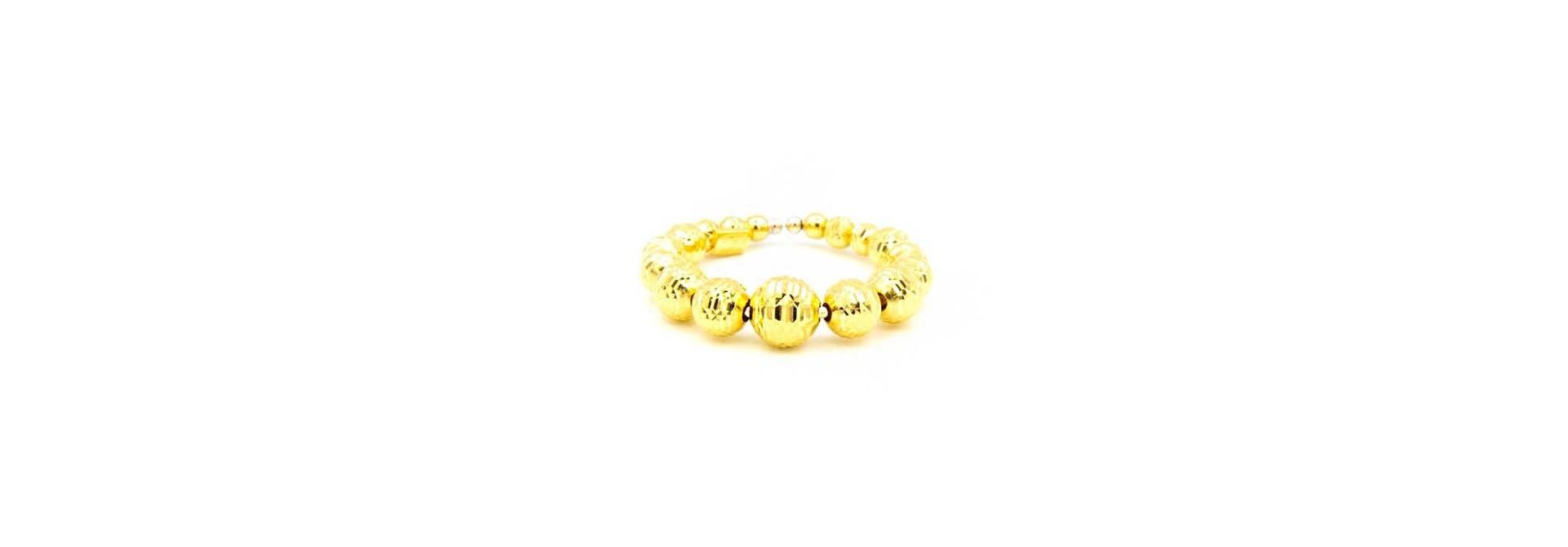 Ring met diamond cut balletjes