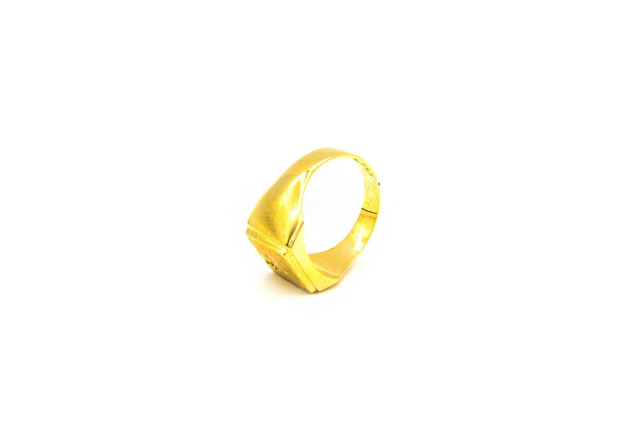 Ring met bewerkte zegel-5