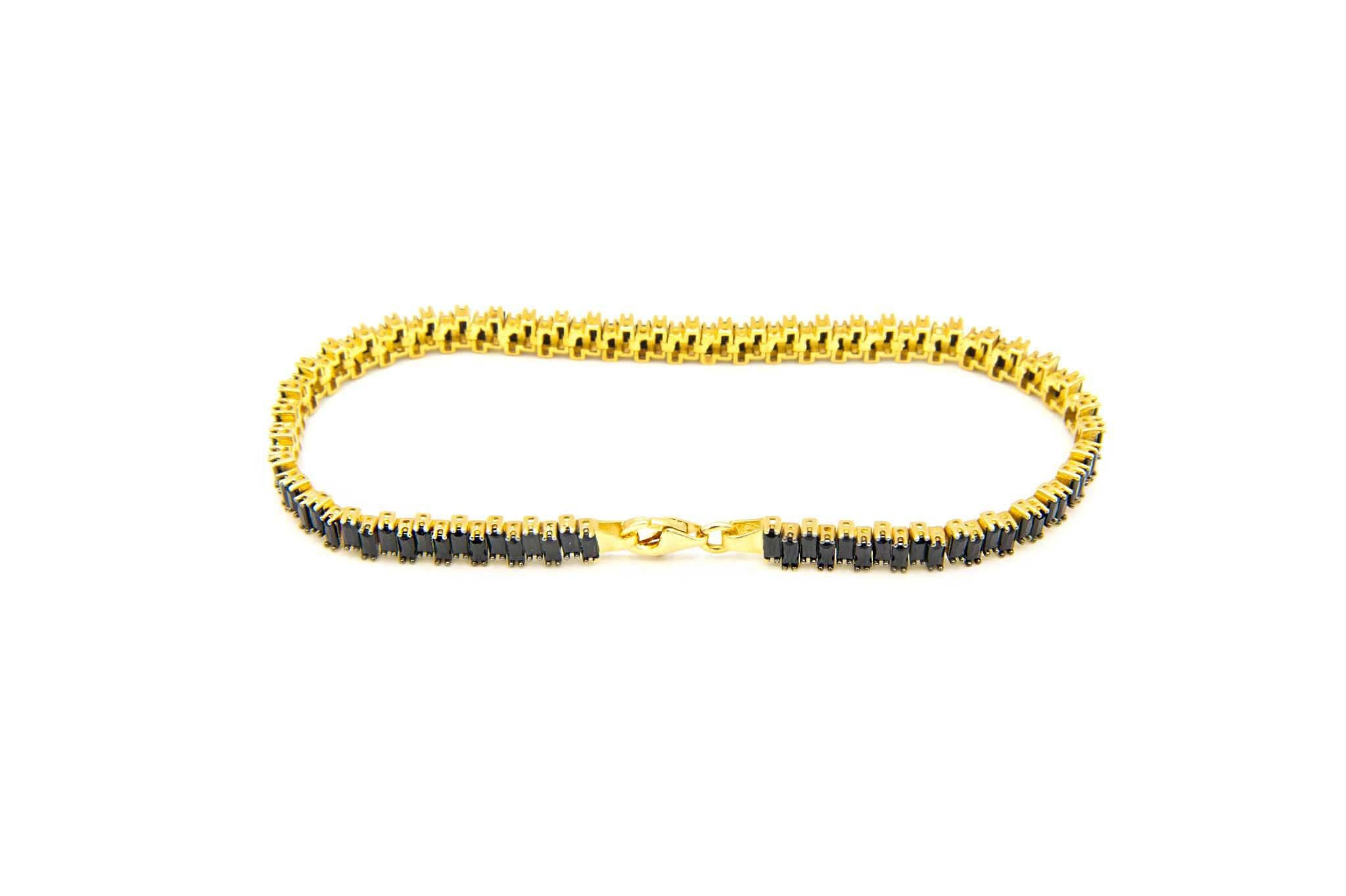 Armband tennisband bezet met zwarte zirkonia's  om en om-3