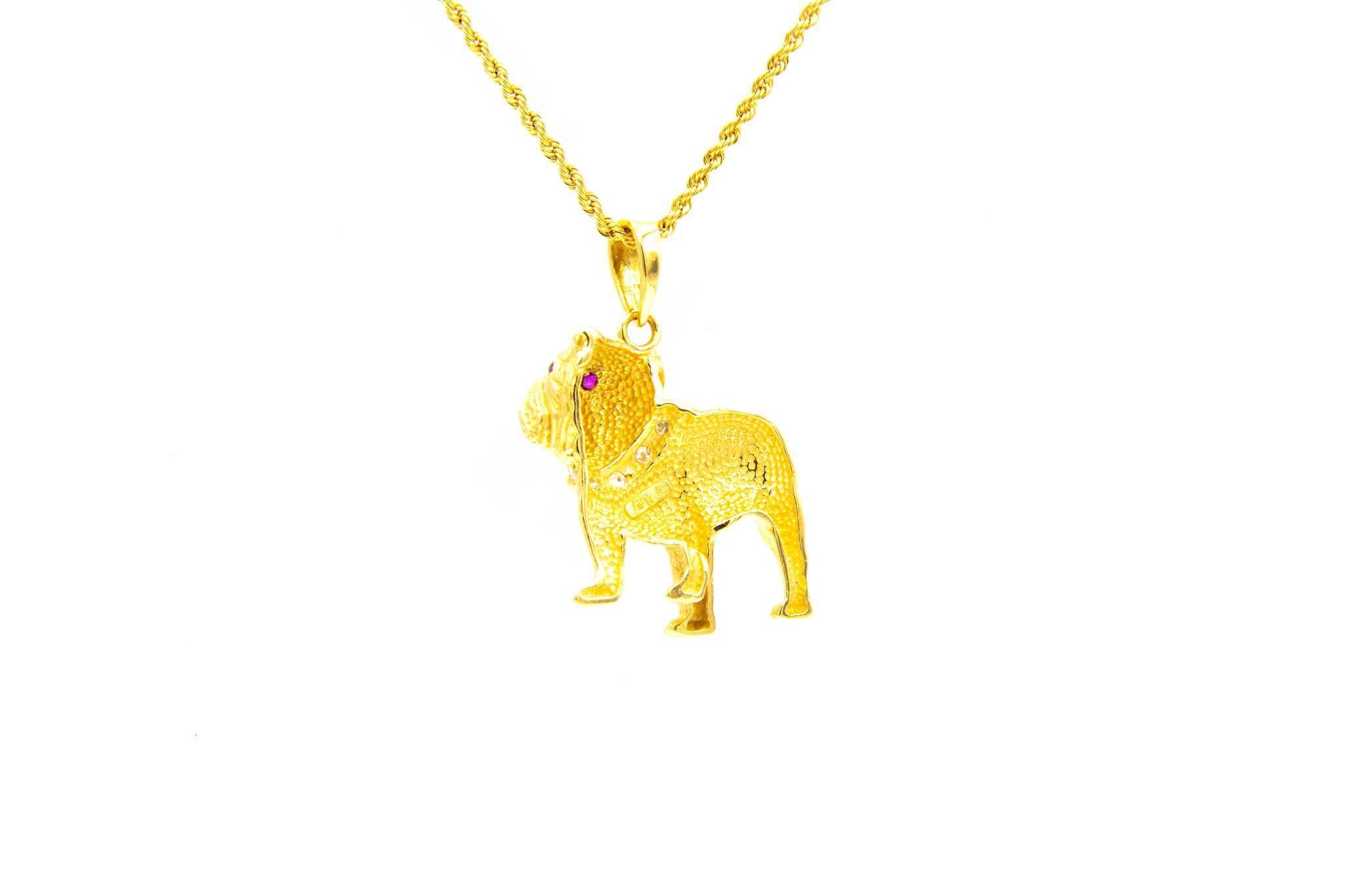 Hanger bulldog met diamanten halsband en robijnen ogen-2