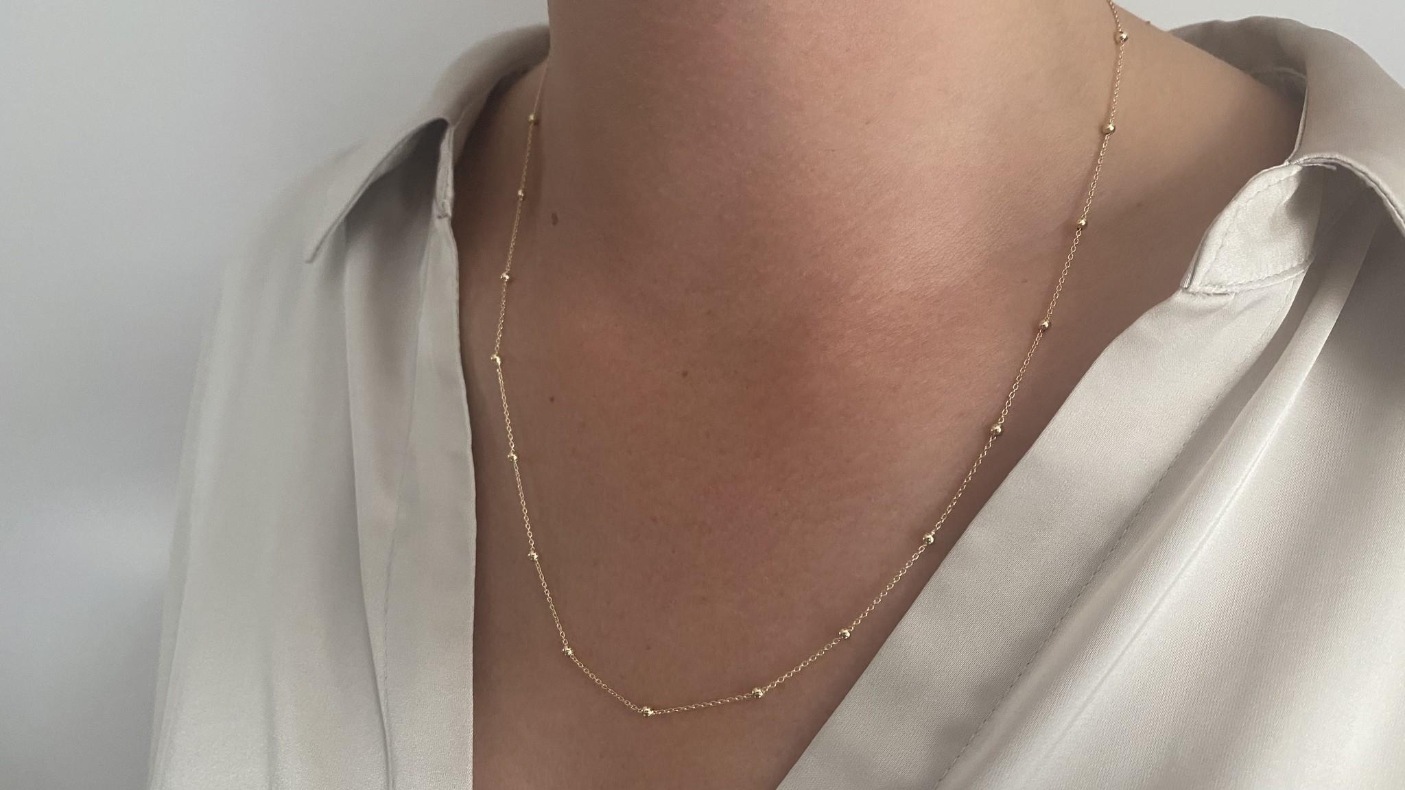 Ketting subtiele chain met balletjes-5