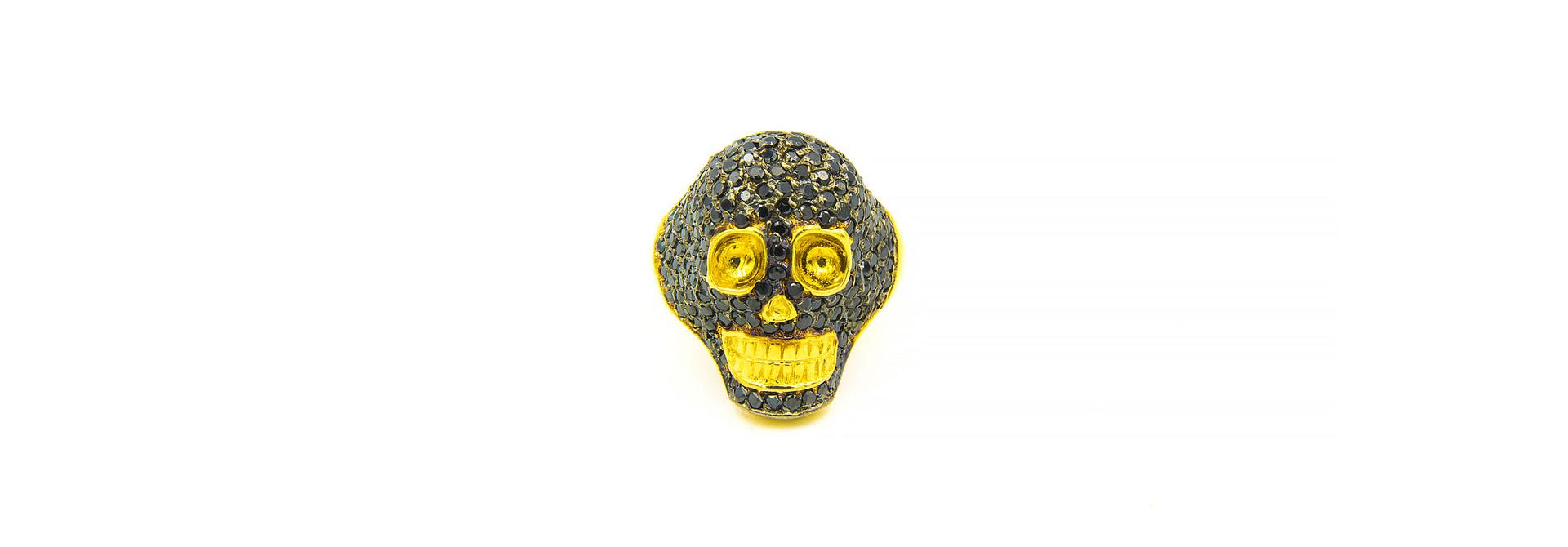 Ring skull ingelegd met zwarte zirkonia's