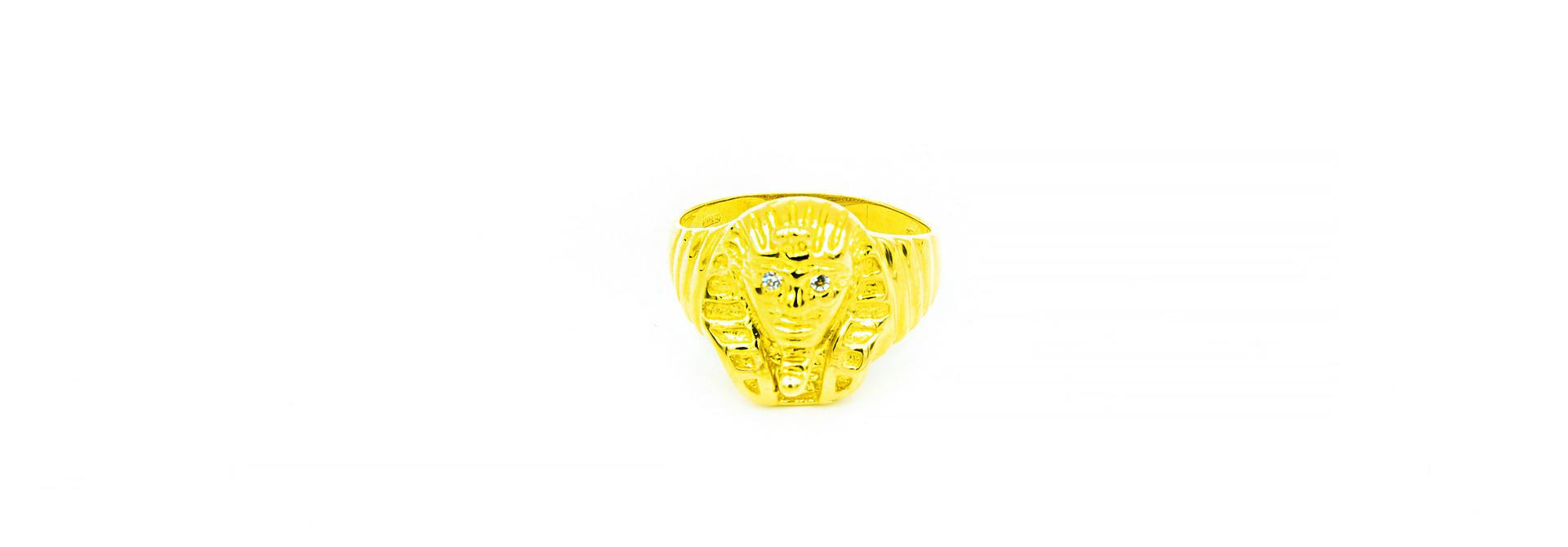 Ring met Egyptische  Farao en zirkonia's