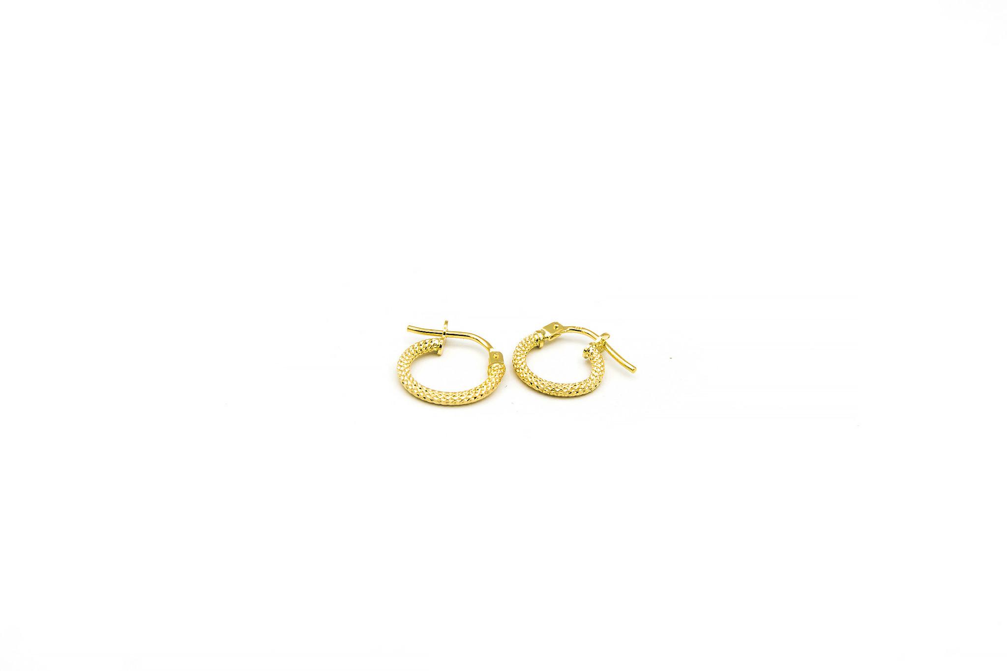 Oorbellen subtiele bewerkte ringen-9