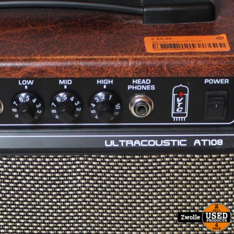 Behringer Ultracoustic AT108 gitaarversterker