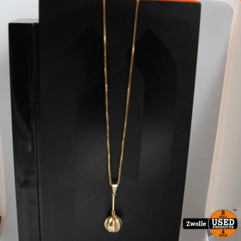 Gouden ketting met bal hanger   7.6 gram   14 karaat