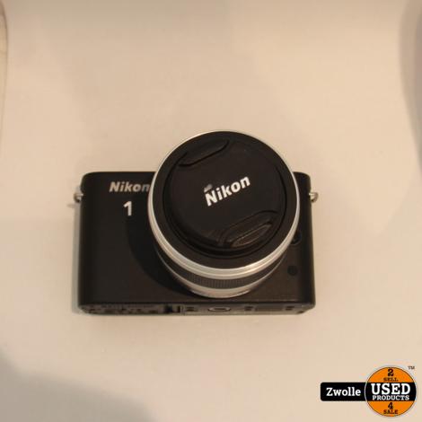 Nikon 1 - J1 Camera met Nikkor 1 lens 10-30