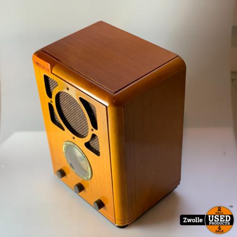 Hout ontworpen Radio