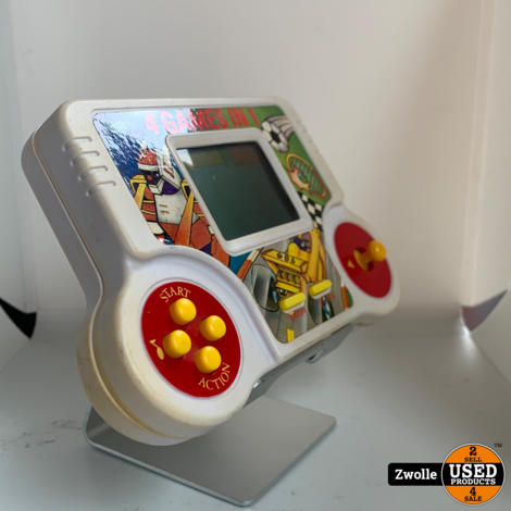 4 Games in 1 Retro Handheld
