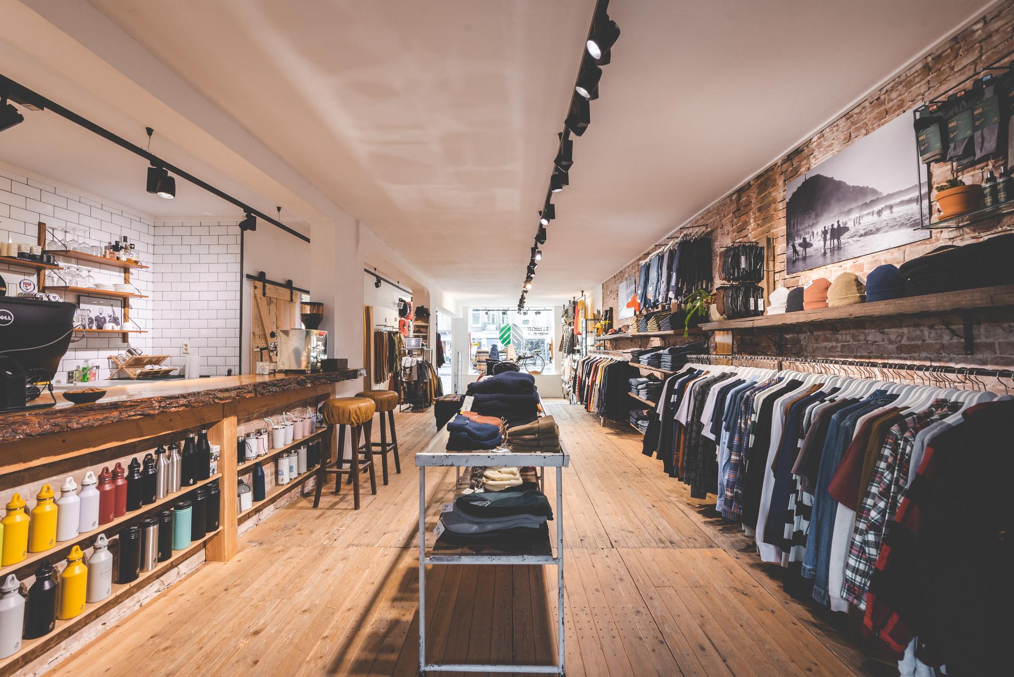behind-the-pines-snowboard-winkel-amsterdam-streetwear