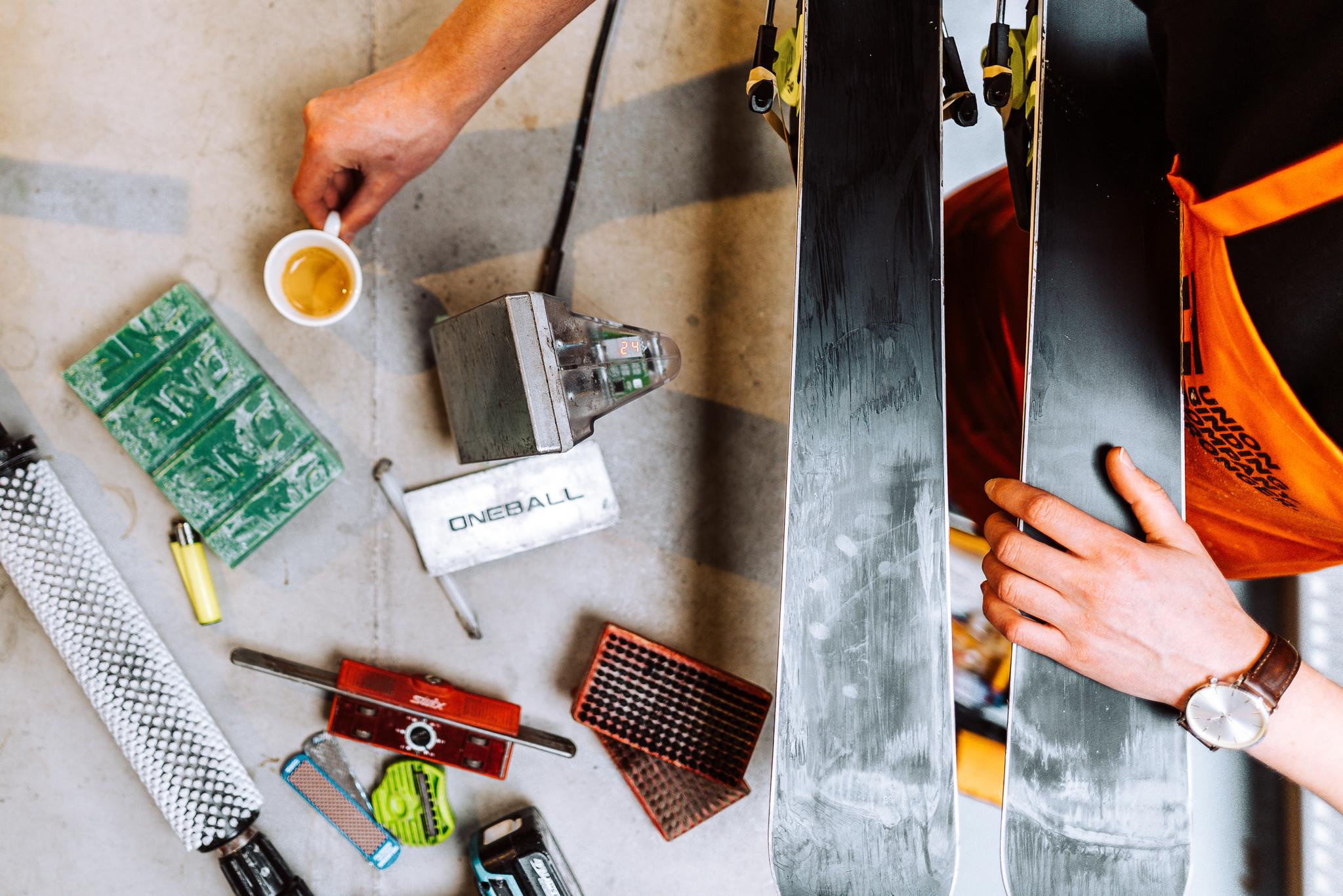 Hoe onderhoud ik mijn snowboard en ski materiaal?