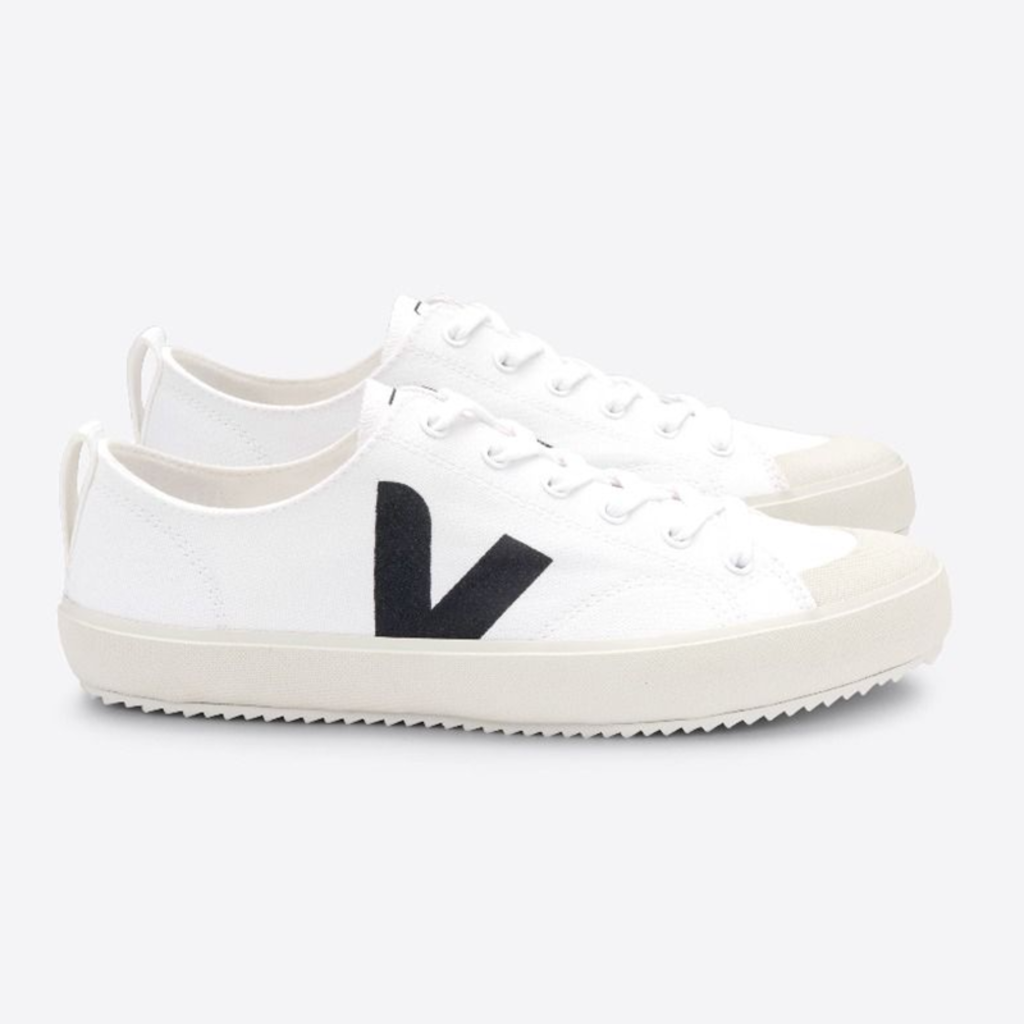 Veja Veja Nova Canvas White Black