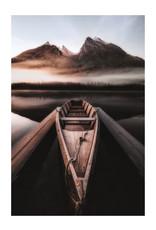 Dunnebier Home Poster Boot op een sereen bergmeer