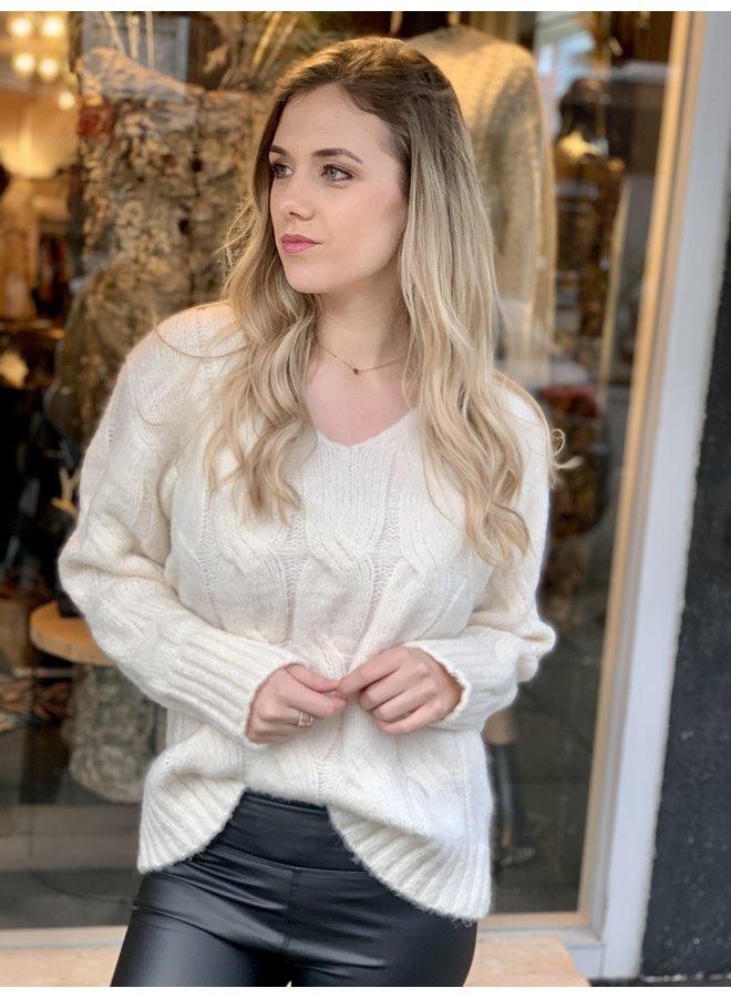 Cabel knit sweater Alda ecru