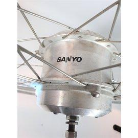 Batavus Sparta/Batavus sanyo 28' voorwiel met motor 26v