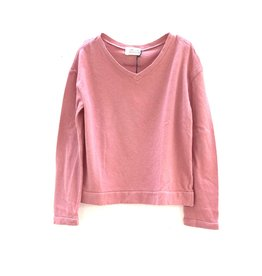 Long Live The Queen V-neck tee dusty rose