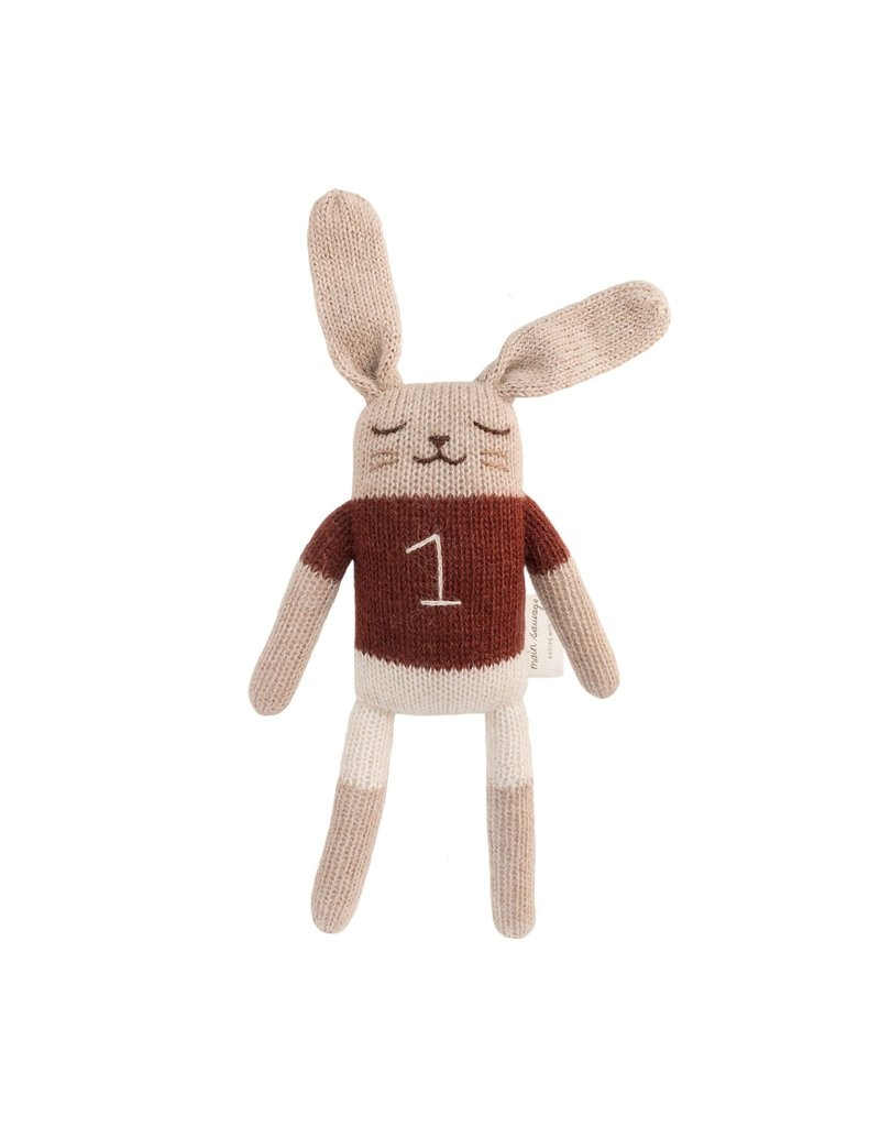 Main sauvage Bunny soft toy, sienna shirt