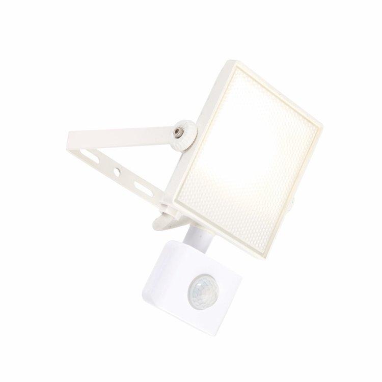 Saxby Scimitar PIR IP65 10W cool white wall-textured White