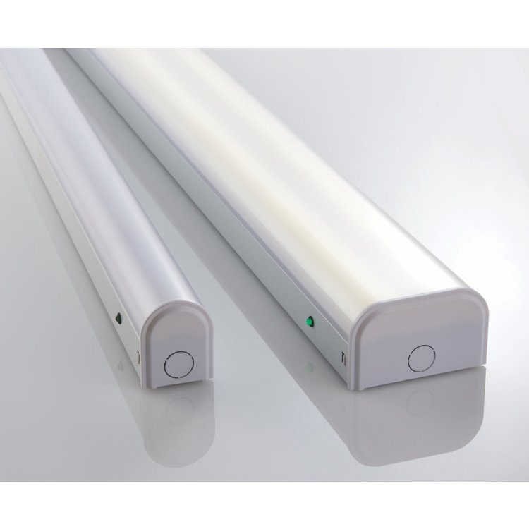 Saxby Linear 4ft Single EM 18.5W Cool White