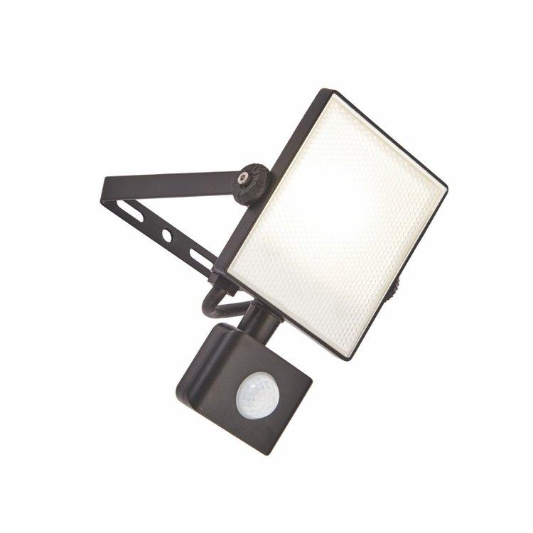 Saxby Scimitar PIR IP65 10W cool white wall-textured Black