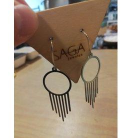 Saga Hanging Around Silver