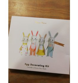 Egg decorating kit