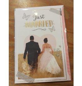 Kaart just married happy couple