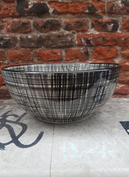 Bowls & dishes Skyline schaal 26 cm cross zwart