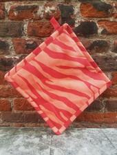 Fabienne Chapot Pannenlap Zebra stripes