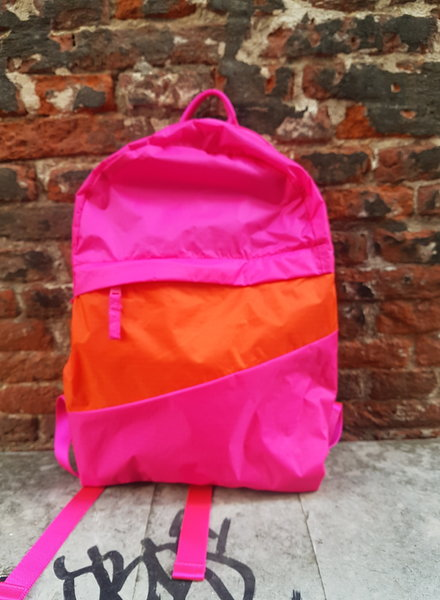 Susan Bijl Foldable backpack m Pretty Pink and Red Alert