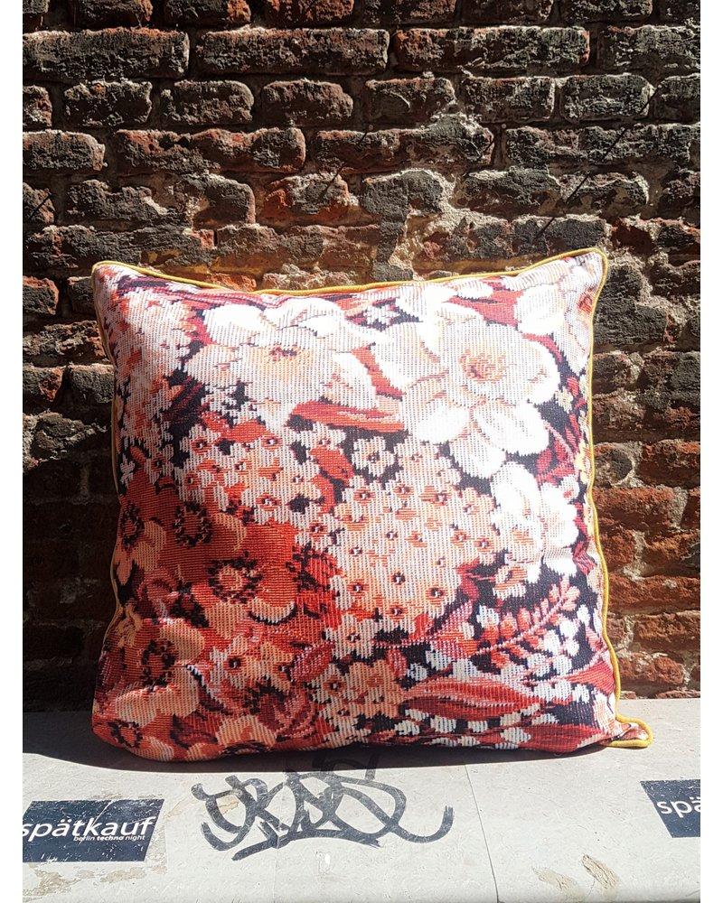 HK living HK living Printed Floral Cushion Coloured