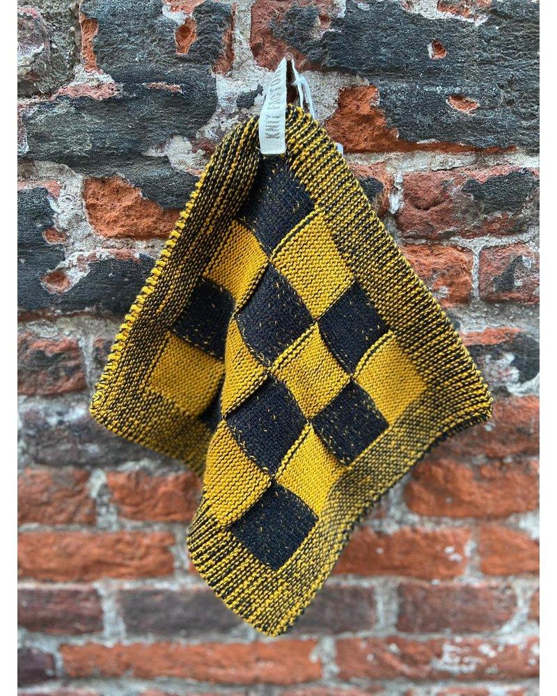 Knit Factory Knit Factory Pannenlap Block 'Zwart/Oker'