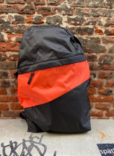 Susan Bijl Foldable Backpack L 'Black & Fluo Orange'