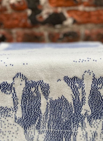 Knit Factory Keukendoek Koeien 'Ecru/Jeans'