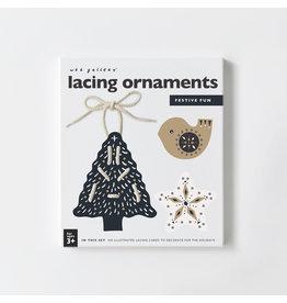 WEE GALLERY Schnürkarten 'Weihnachten' Ornamente