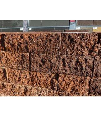Mauerstein Malaguti gebrochen