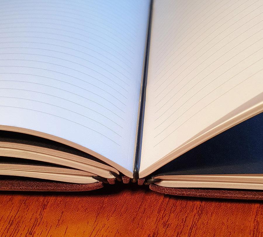 Elke elastiek kan een refill boekje bevatten naar keuze