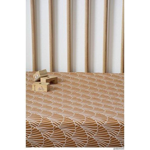 Swedish Linens Ledikant hoeslaken   Seashelves Cinnamon