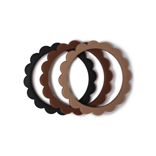 Mushie Bijtring Flower bracelet | Black-Natural-Caramel