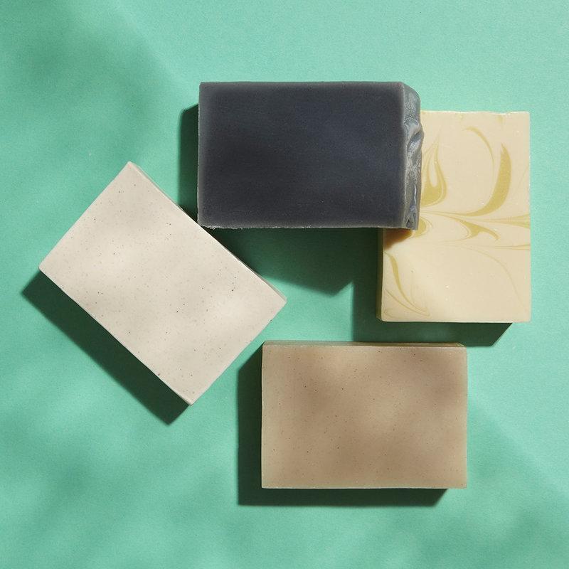 4 handmade, natural shampoo bars of your choice.