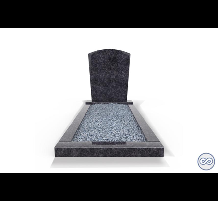 Staand grafsteen model 'Toog' met omranding en licht grind in de kleur Steel Grey
