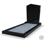 Staande grafsteen model 'Modern' met omranding en licht grind in de kleur Zwart Graniet