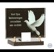 Monument met duif