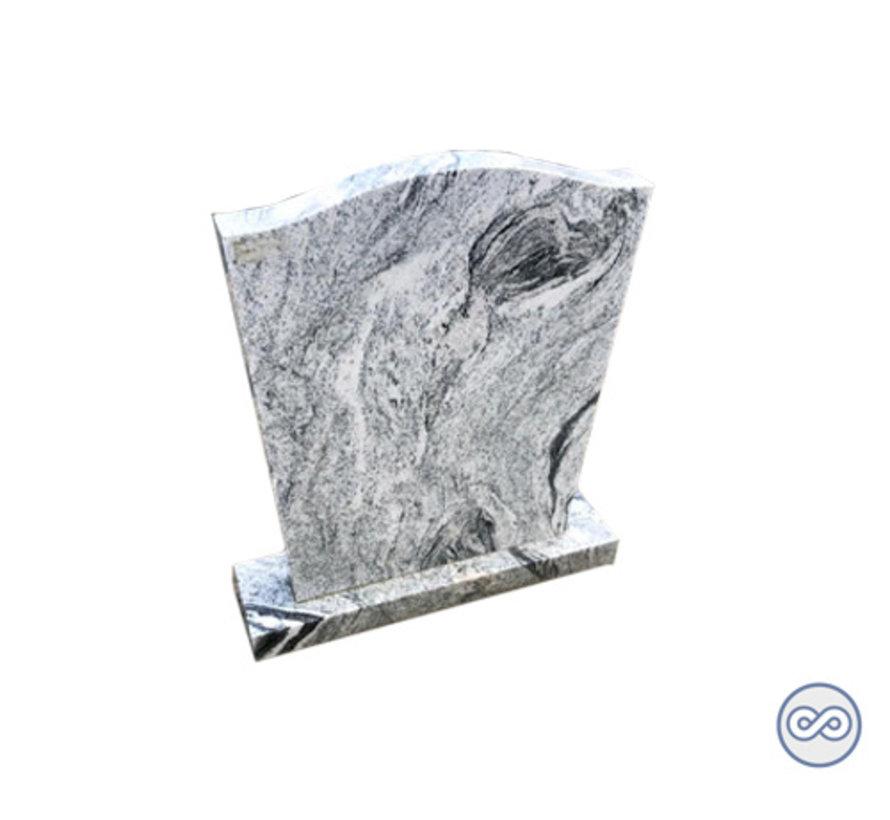 Staande steen met witte/zwarte aders