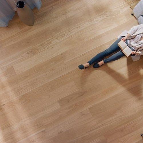 Denk aan de luchtbevochtiging voor je parket vloer!