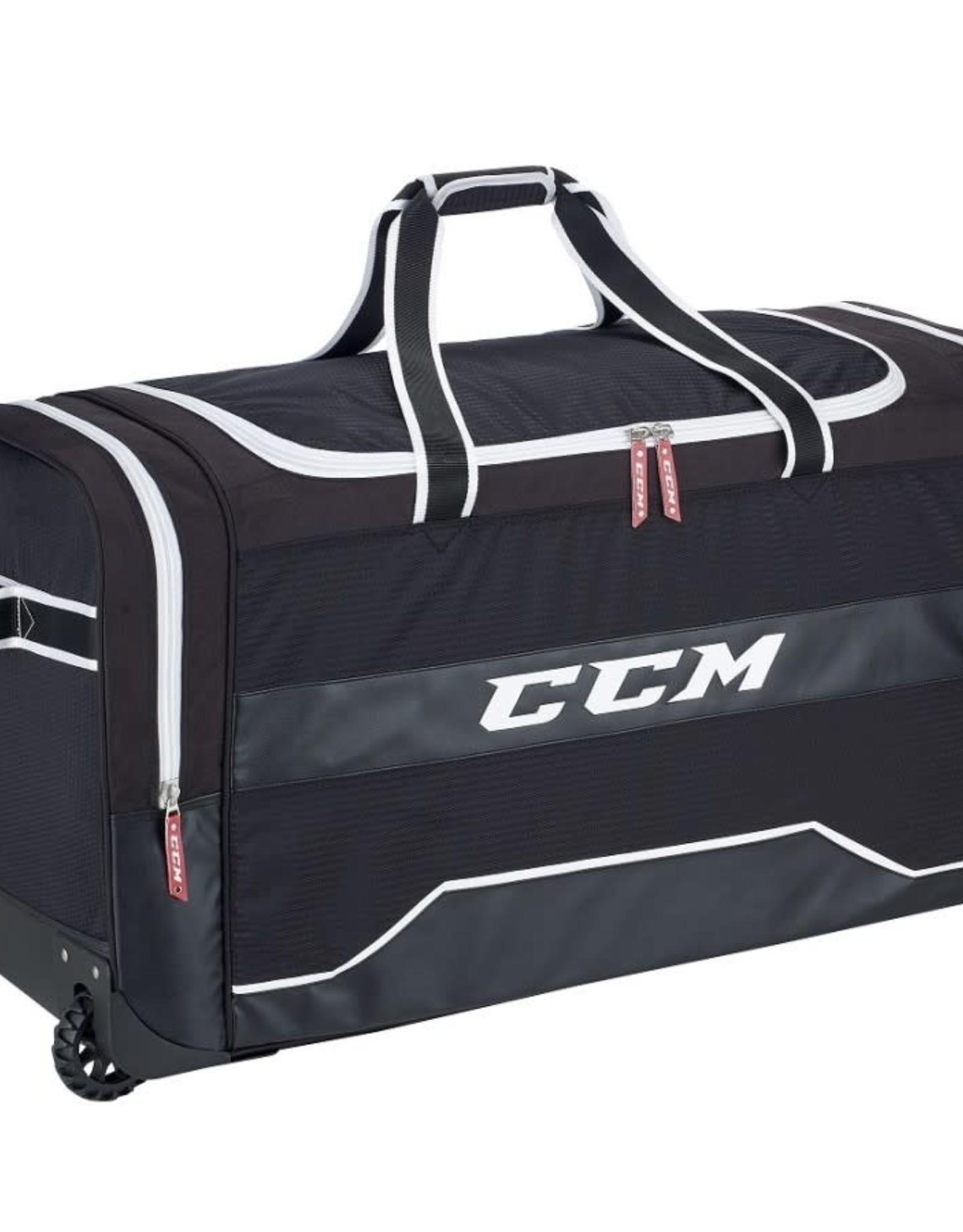 CCM 380 Delux Wheel Bag