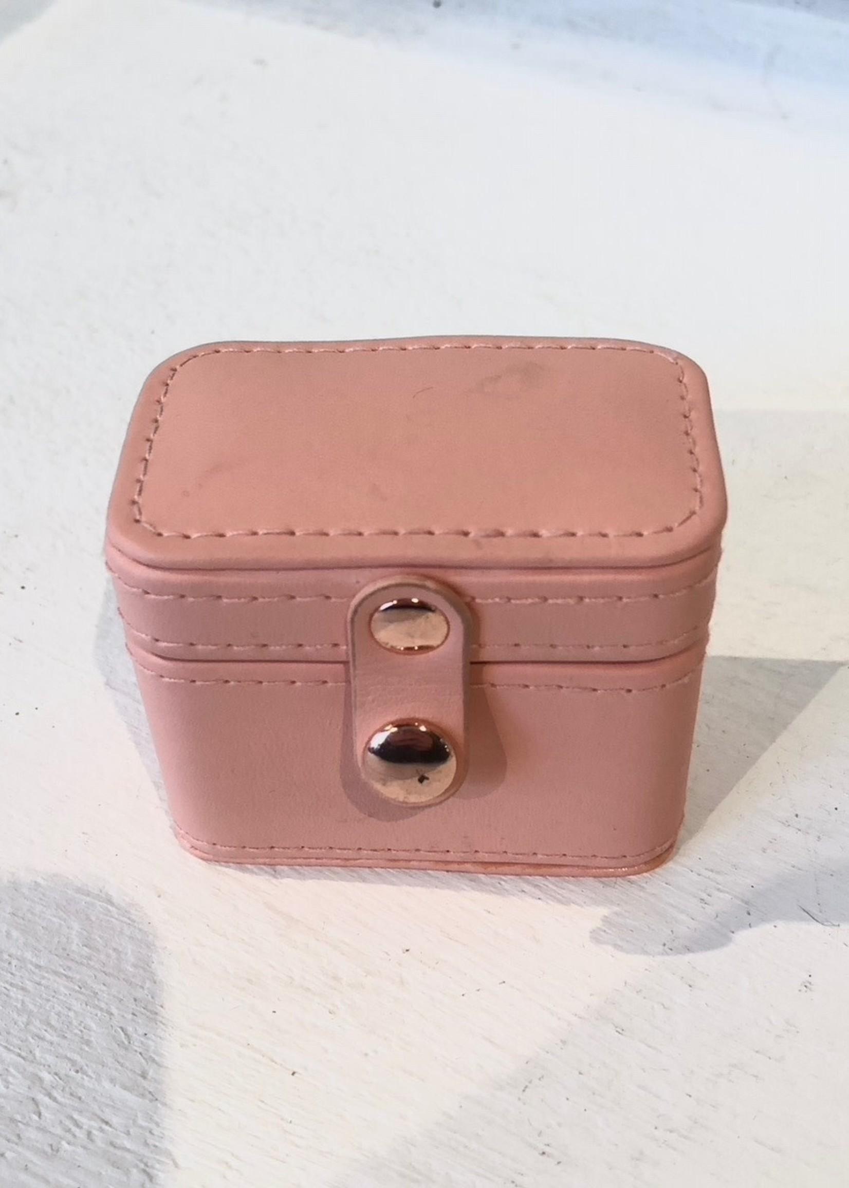 Lisa Angel Ringendoosje zalm roze