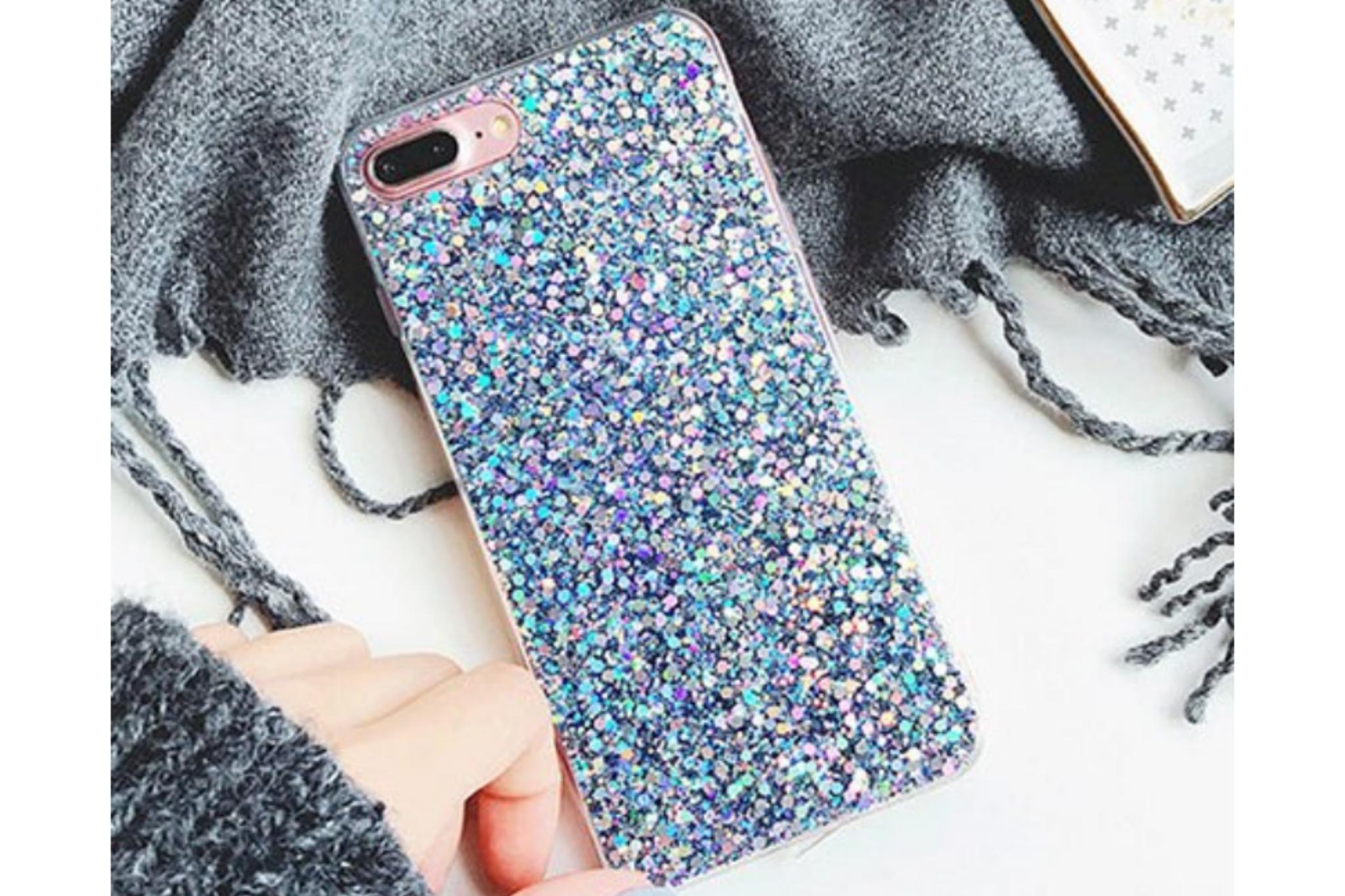 Smartphonehoesje iPhone 12 (pro) | met blauwe glitters